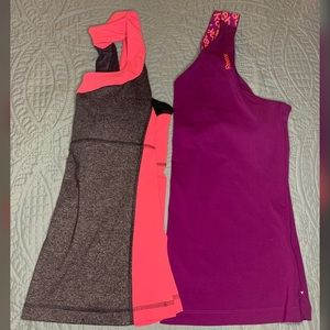 Large Workout Tank Top Lot
